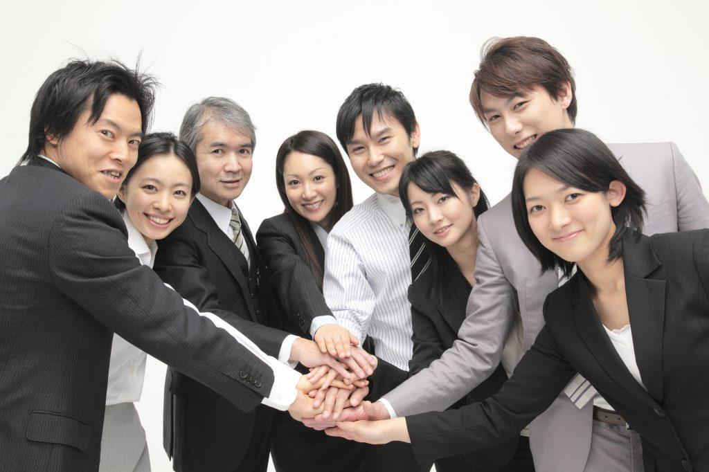 写真1 男女8人会社用